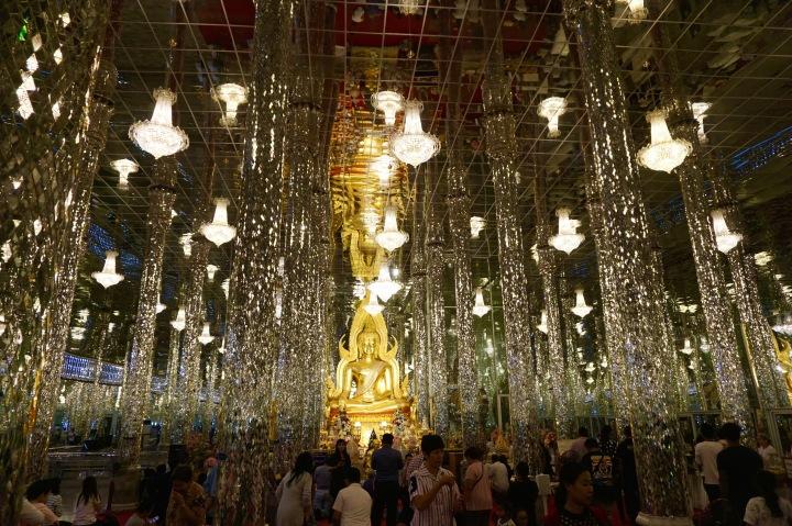 Wat ThaSung (Glass Temple) | วัดท่าซุง(วิหารแก้ว)